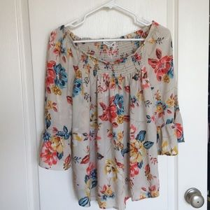 Great comfortable summer floral top
